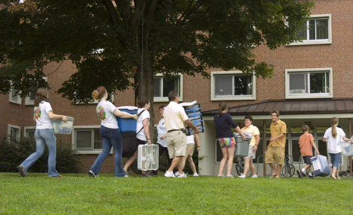The Pros and Cons of Move-In Day