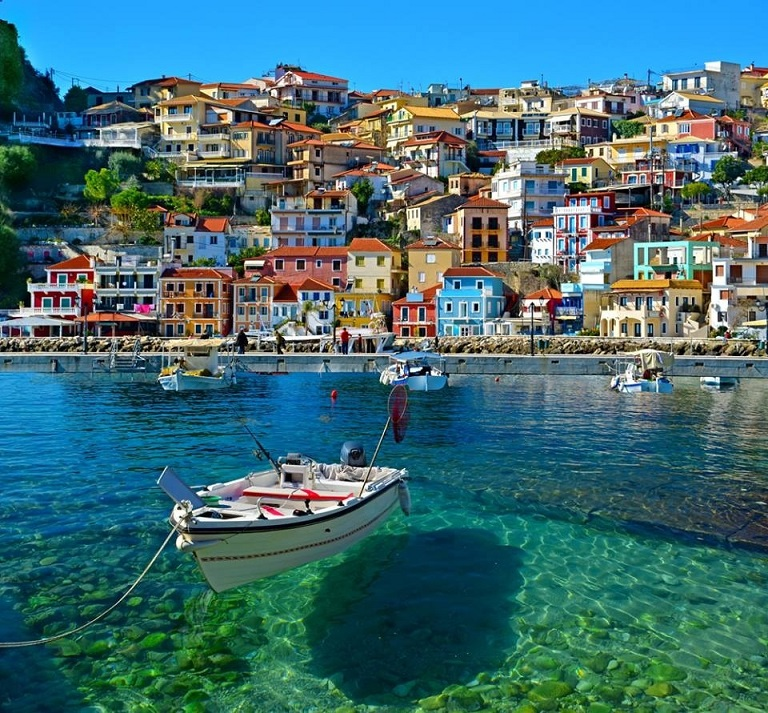 Beautiful-Photo-of-Parga-Greece